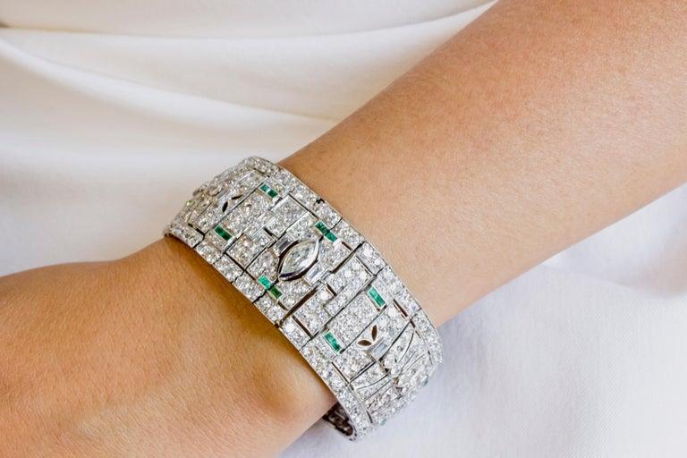 Women's Art Deco Diamond and Emerald Platinum Bracelet For Sale