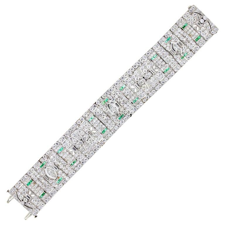 Art Deco Diamond and Emerald Platinum Bracelet For Sale