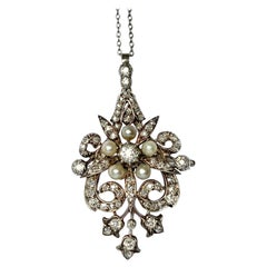 Art Deco Diamond and Pearl 18 Carat White Gold Pendant or Brooch