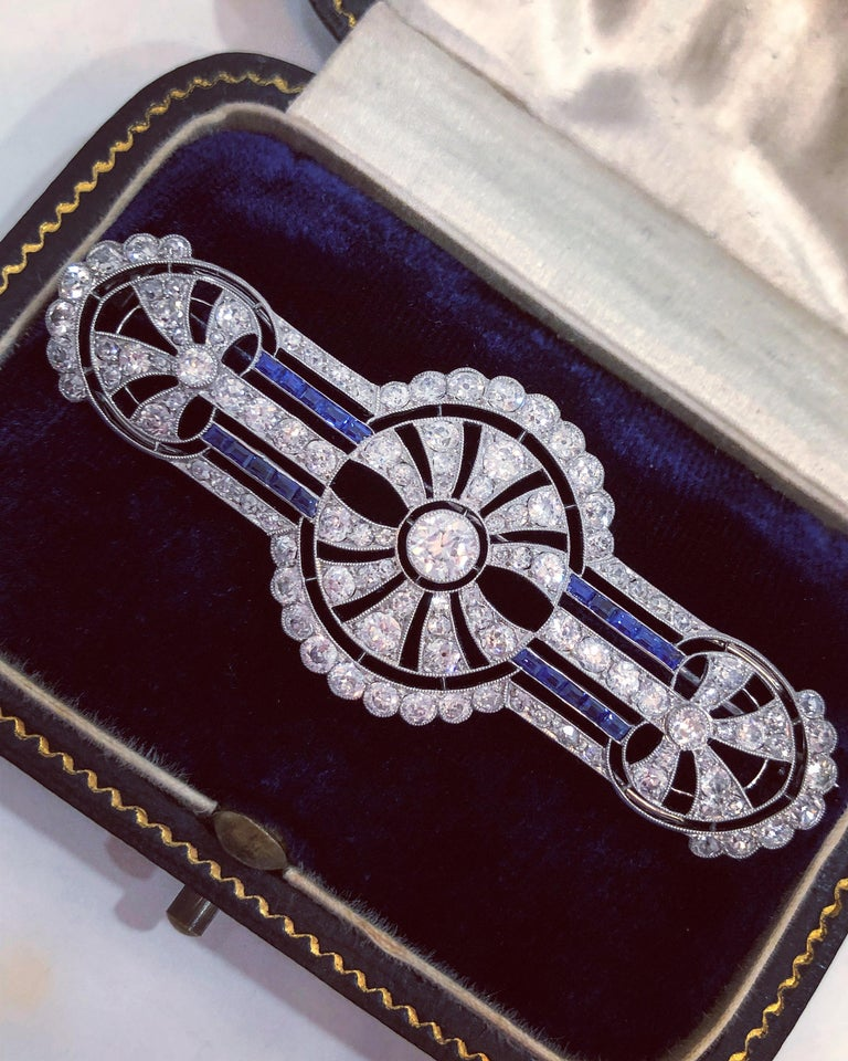 Women's or Men's Art Deco Diamond and Sapphire Brooch, circa 1920s For Sale