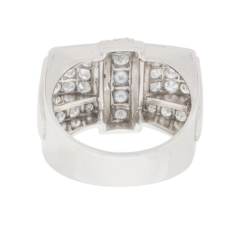 Women's or Men's Art Deco Diamond Bow Cocktail Ring, circa 1920s For Sale