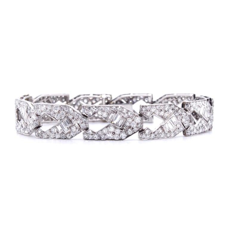 Women's Art Deco Diamond Bracelet, circa 1930s For Sale
