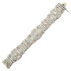 Art Deco Diamond Bracelet in Platinum