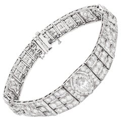 Art Deco Diamond Bracelet in Platinum with Approximately 5.50 Carat