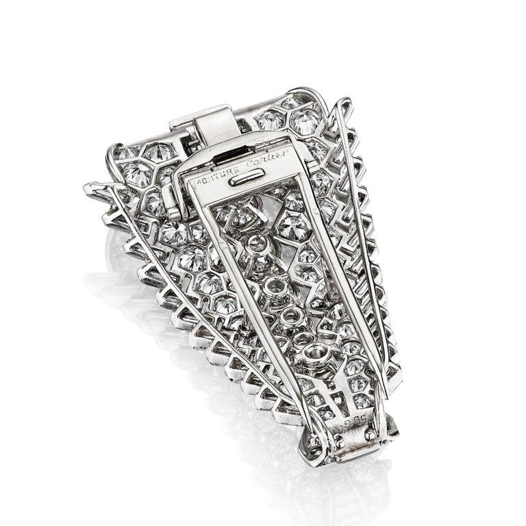 Round Cut Cartier Paris Art Deco Diamond Clip Brooch circa 1930 For Sale