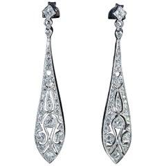 Art Deco Diamond Drop Earrings 1 Carat of Diamond 18 Carat Gold, circa 1930