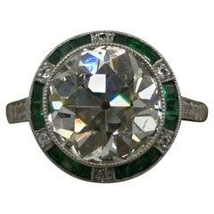 Art Deco Diamond, Emerald and Platinum Ring 3.64 Carat