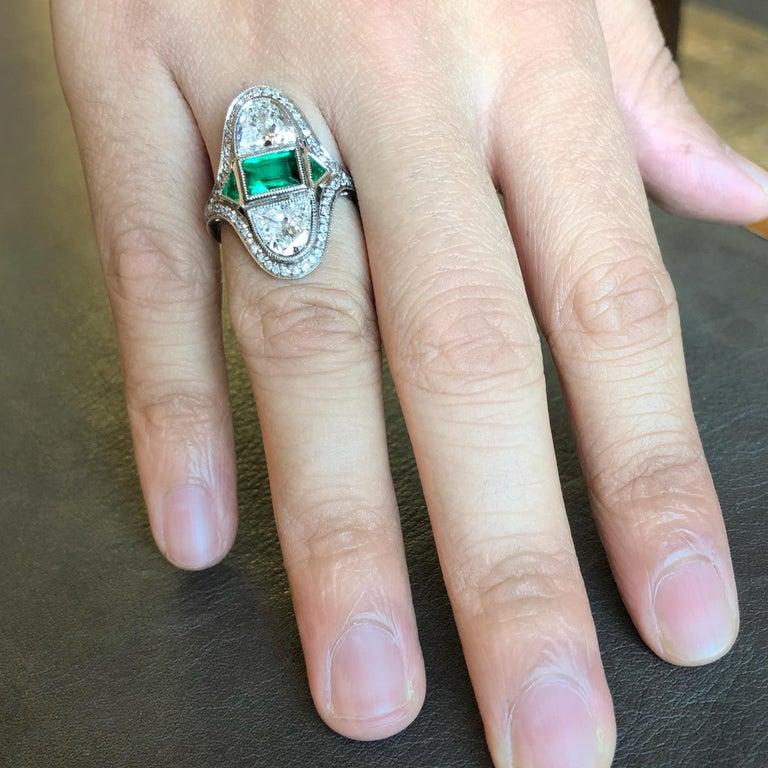 Art Deco Diamond Emerald Ring, ca. 1900s For Sale 1