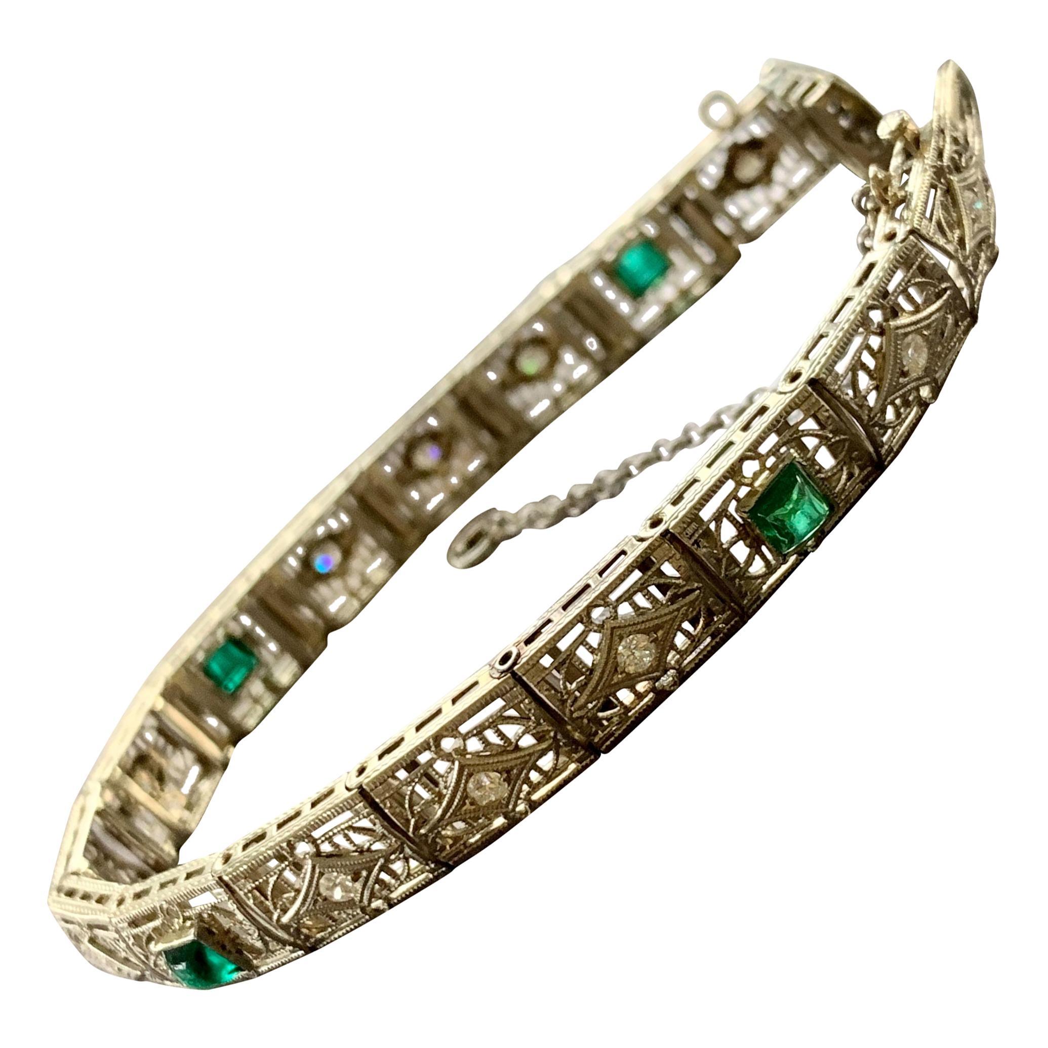 Art Deco Diamond Filigree 14 Karat White Gold Bracelet