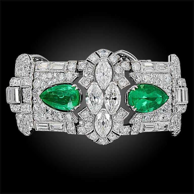 Art Deco Diamond, Pear-Shaped Emerald Bracelet In Good Condition For Sale In New York, NY