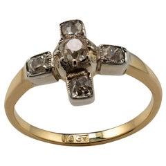 Art Deco Diamond Ring 18 Karat White Gold, circa 1920s