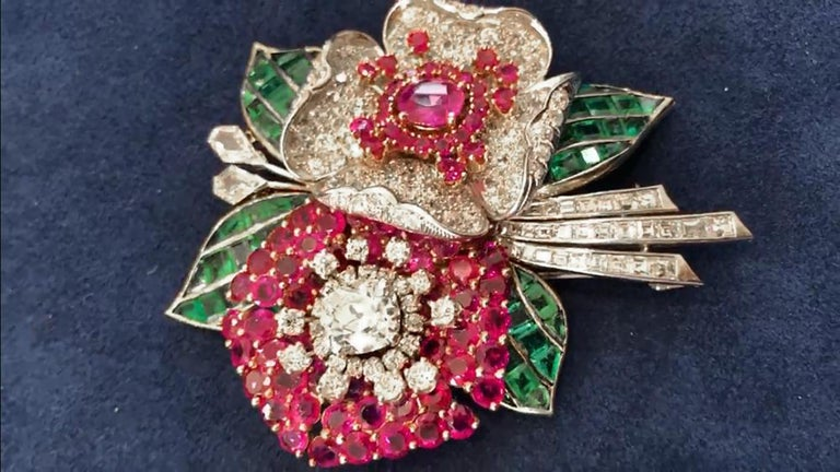 Art Deco Diamond, Ruby, Emerald Flower Brooch In Good Condition For Sale In New York, NY