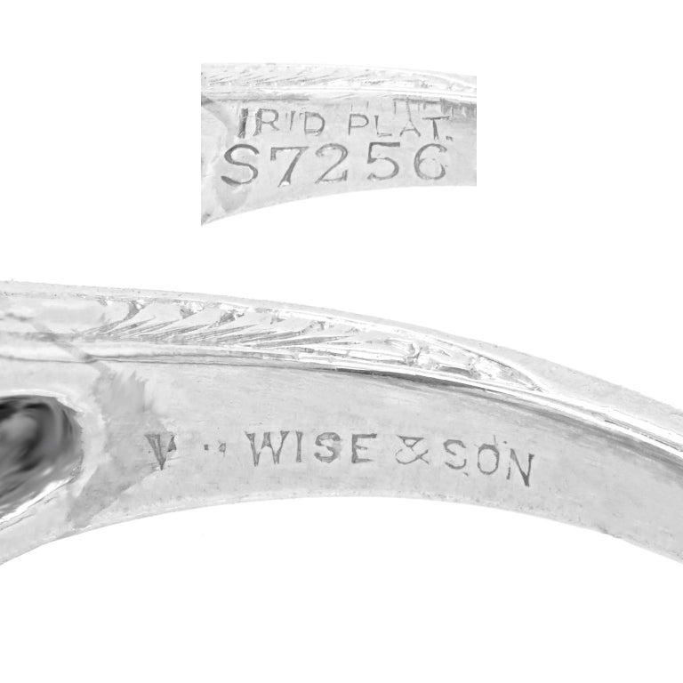 Women's Art Deco Diamond-Set Platinum Ring For Sale
