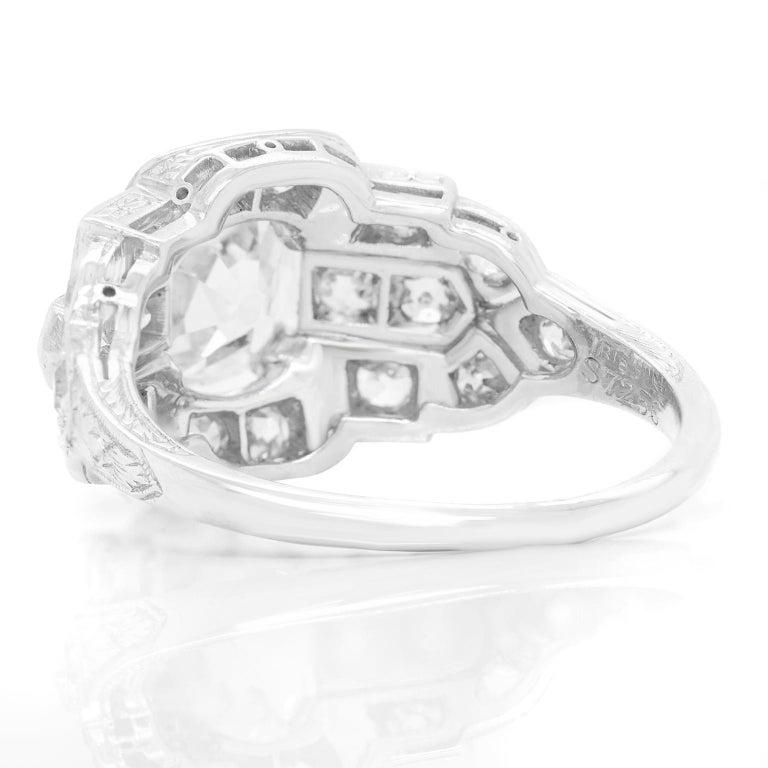 Art Deco Diamond-Set Platinum Ring For Sale 2