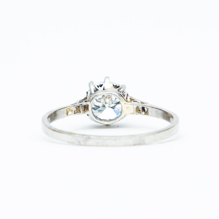 Art Deco Diamond Solitaire 18 Karat White Gold Engagement Ring In Excellent Condition For Sale In Chipping Campden, GB