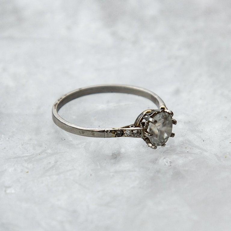 Women's Art Deco Diamond Solitaire 18 Karat White Gold Engagement Ring For Sale