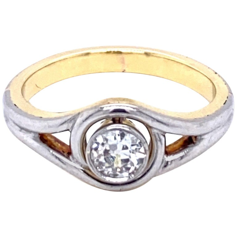 Art Deco Diamond Solitaire Platinum Gold Bicolor Ring For Sale