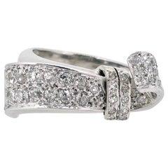Art Deco Diamonds Ribbon Ring, 18kt White Gold and Platinum, circa 1930, France