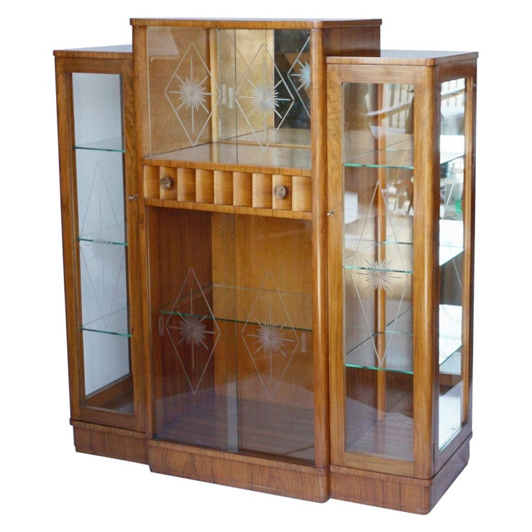 Art Deco Display Cabinet English, Circa 1935 For Sale