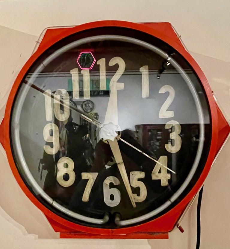 Art Deco Double Neon Hexagon Vintage Wall Clock For Sale 4