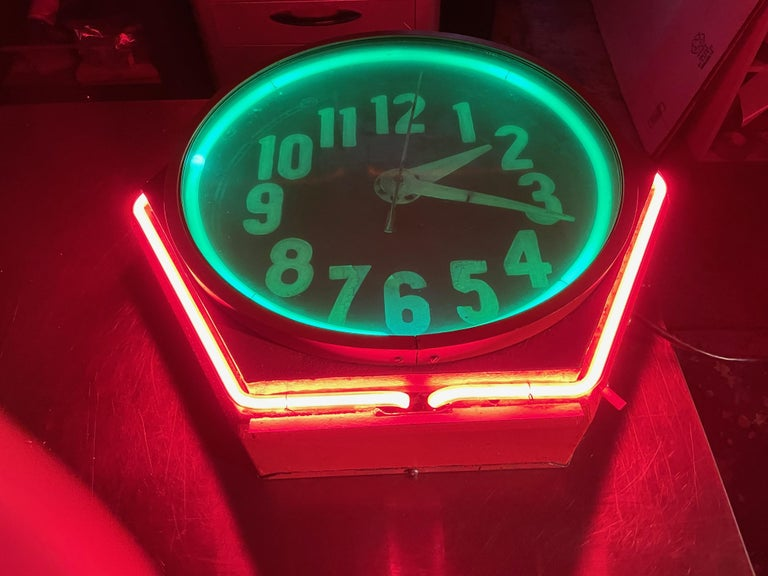 Art Deco Double Neon Hexagon Vintage Wall Clock In Good Condition For Sale In Oakland, CA