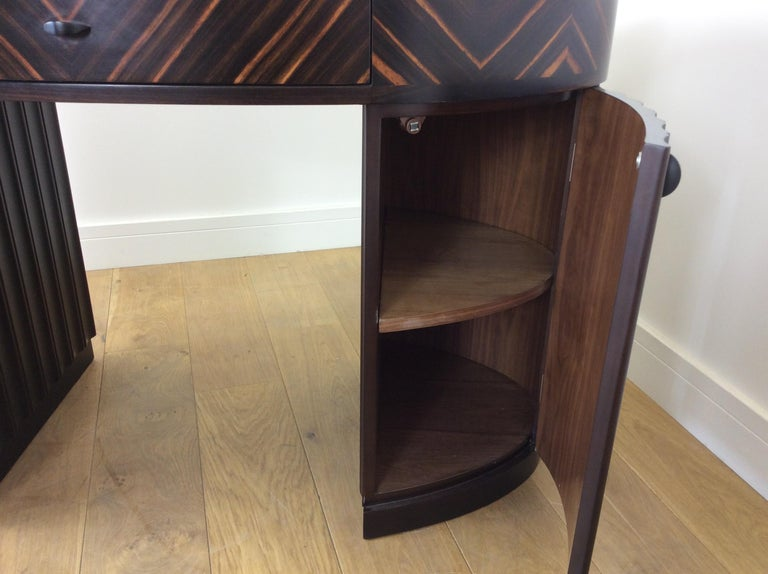 Art Deco Dressing Table and Chair For Sale 7