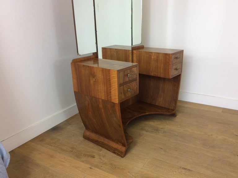 British Art Deco Dressing Table n a Figured Walnut For Sale