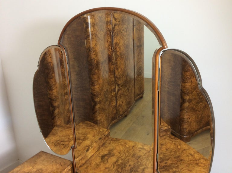 Art Deco Dressing Table with Cloud Shape Mirror For Sale 1