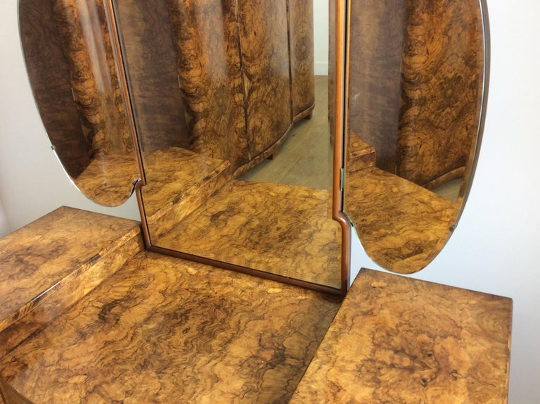 Art Deco Dressing Table with Cloud Shape Mirror For Sale 2