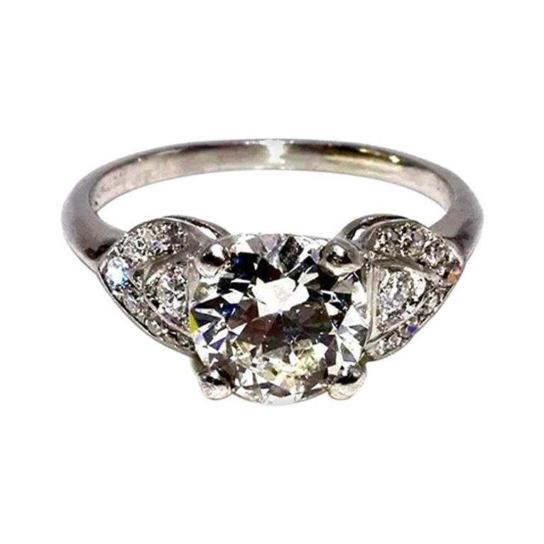 Art Deco EGL Certified Center 1.31 Carat Diamond J/VS2 Platinum Engagement Ring For Sale