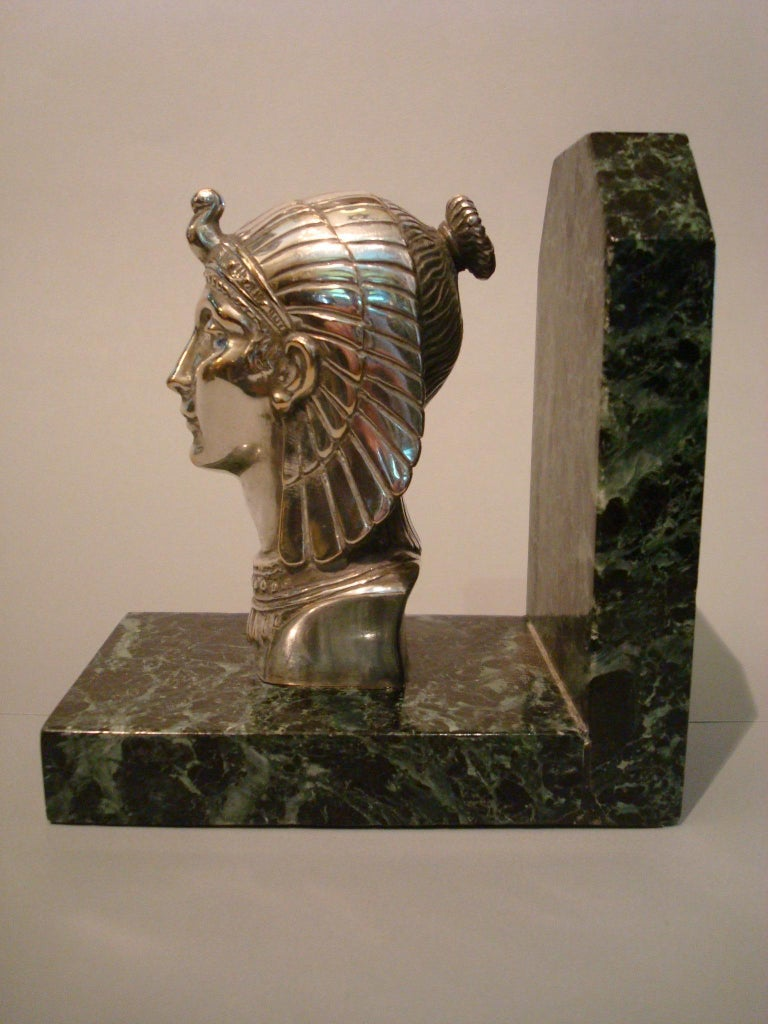 Art Deco Egyptian Head Silvered Bronze Signed Frecourt Bookends In Good Condition For Sale In Buenos Aires, Olivos