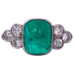 Art Deco Emerald and Diamond 18 Carat White Gold Ring
