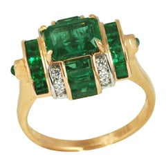 Art Deco Emerald and Diamond Cocktail Ring in 18 Karat Rose Gold