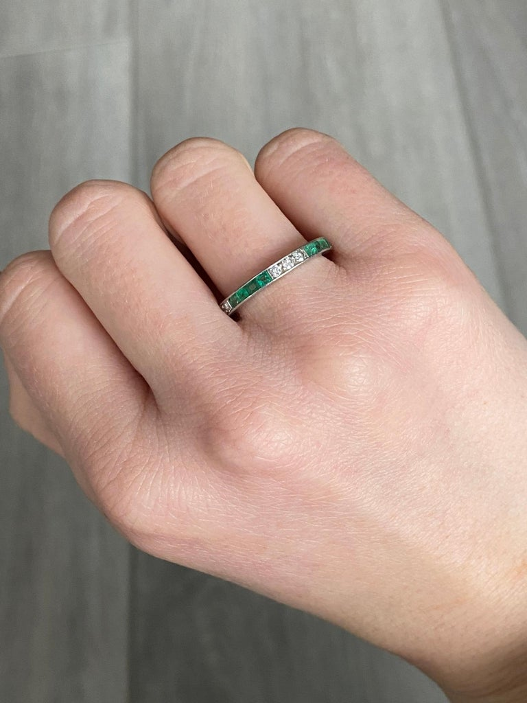 Art Deco Emerald and Diamond Platinum Full Eternity Band In Good Condition In Chipping Campden, GB