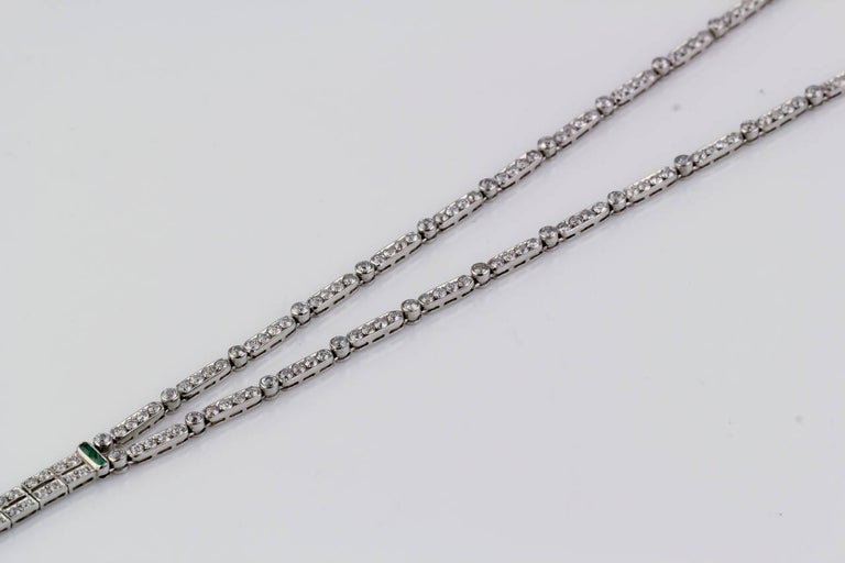 Art Deco Emerald Diamond Platinum Necklace In Good Condition For Sale In New York, NY