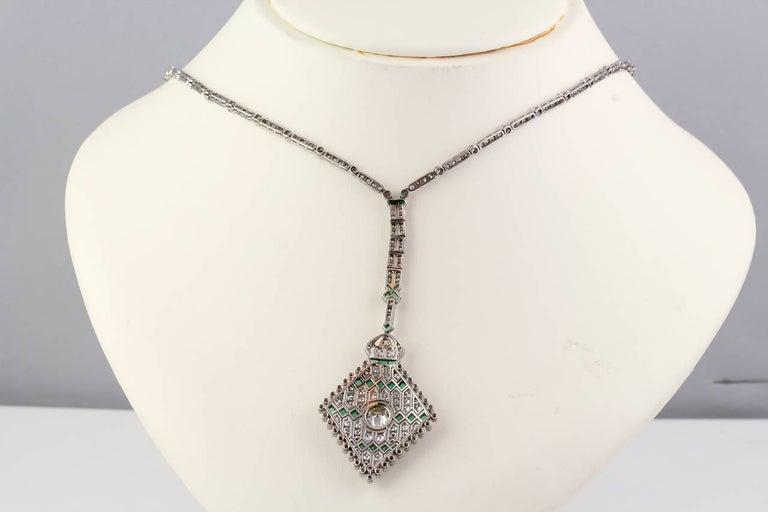 Art Deco Emerald Diamond Platinum Necklace For Sale 3