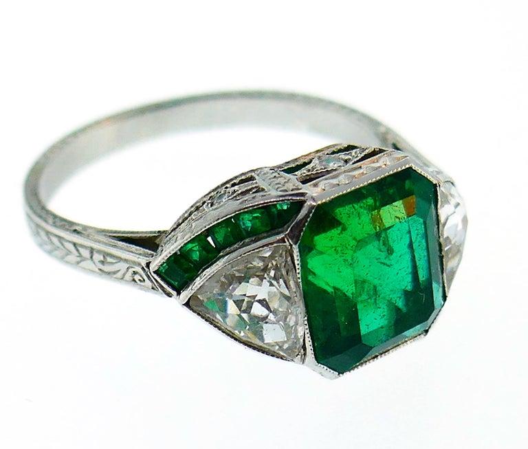 Art Deco Emerald Diamond Platinum Ring For Sale 4
