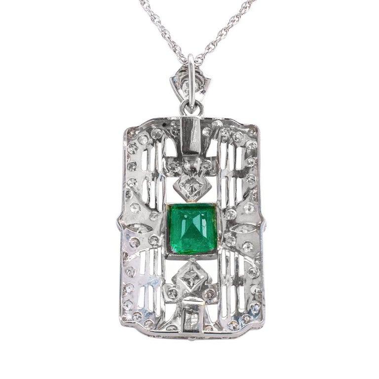 Women's Art Deco Emerald Diamond Platinum White Gold Pendant Necklace For Sale
