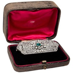 Art Déco circa 1925: Certified Emerald Diamond Natural Pearl White Gold Brooch