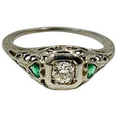 Art Deco Emerald Heart Diamond Wedding Engagement Ring 18 Karat White Gold
