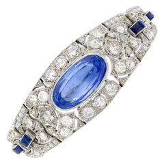Art Deco Era 20 Carat Oval-Cut Ceylon Sapphire and Old-Euro Cut Diamond Bracelet