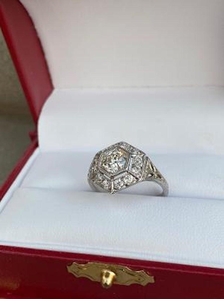 Art Deco Era 2.20 Carat Diamond and Platinum Fancy Hexagon Shaped Ring For Sale 3