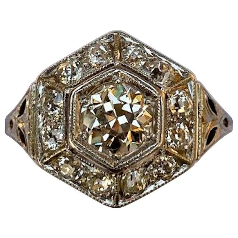 Art Deco Era 2.20 Carat Diamond and Platinum Fancy Hexagon Shaped Ring For Sale