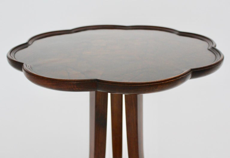 Art Deco Era Vintage Walnut Side Table by Josef Frank circa 1925 Austria For Sale 10