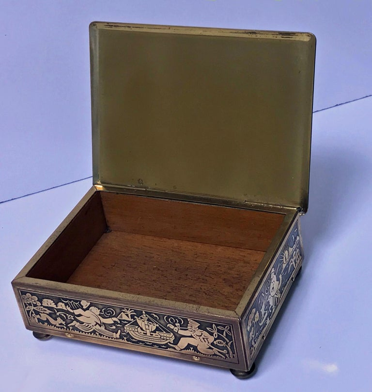 Art Deco Exotic Brass Jewelry Box, Germany, circa 1920 In Good Condition For Sale In Toronto, Ontario