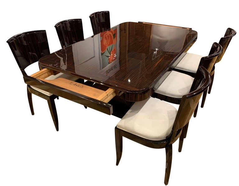 Expandable Art Deco Dining Room Set in Macassar, France circa 1925 For Sale 6