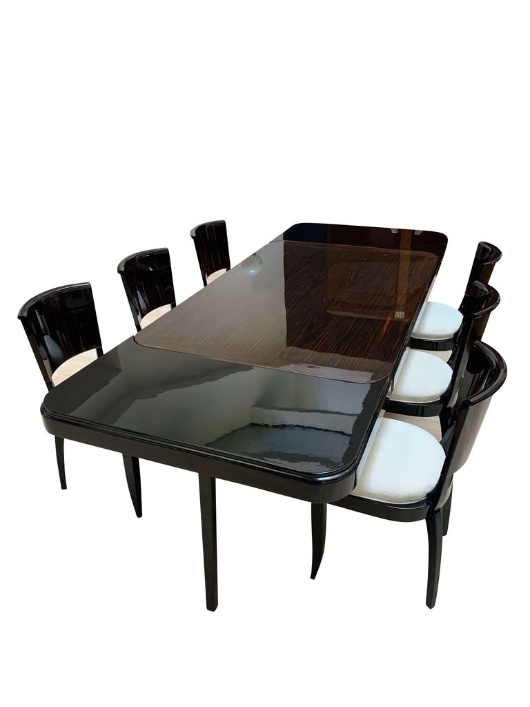 French Expandable Art Deco Dining Room Set in Macassar, France circa 1925 For Sale