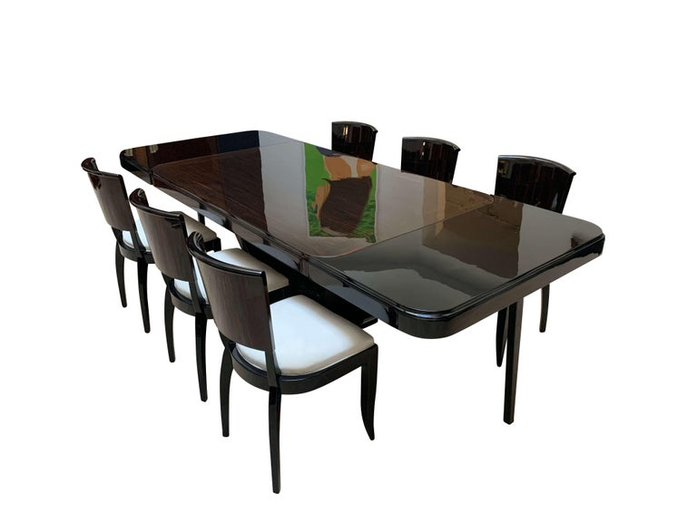Polished Expandable Art Deco Dining Room Set in Macassar, France circa 1925 For Sale