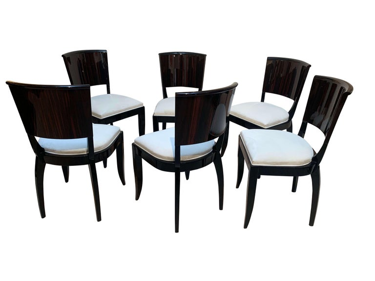 Expandable Art Deco Dining Room Set in Macassar, France circa 1925 For Sale 3
