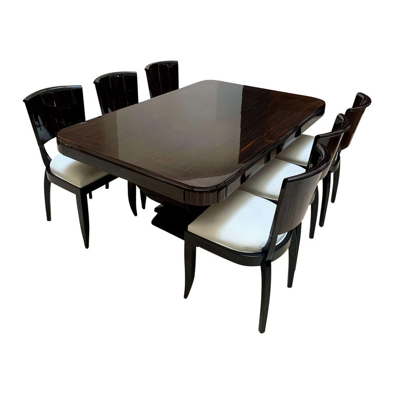 Expandable Art Deco Dining Room Set in Macassar, France circa 1925 For Sale